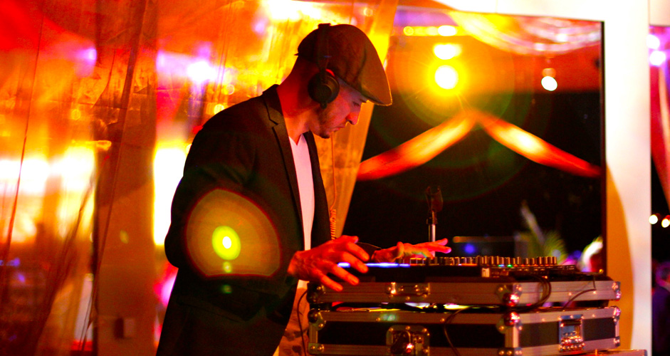Professional DJs from Entertainment Central Productions mixing tracks